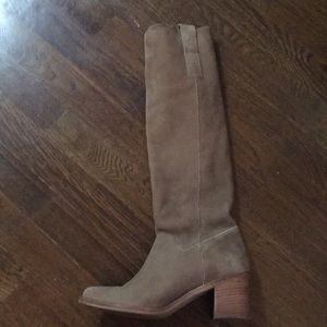 Steven by Steve Madden 6.5 taupe knee high boots